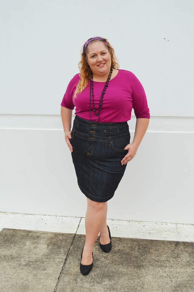 plus size denim skirt outfit 002