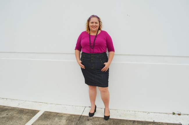 plus size denim skirt outfit 005