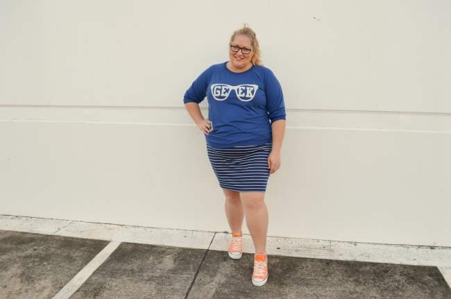 Plus size outfit with ASOS Curve Geek Tee 006