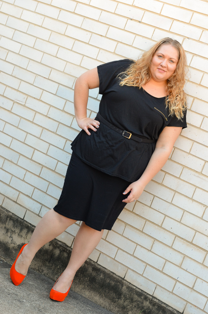 plus size monochrome outfit with heels