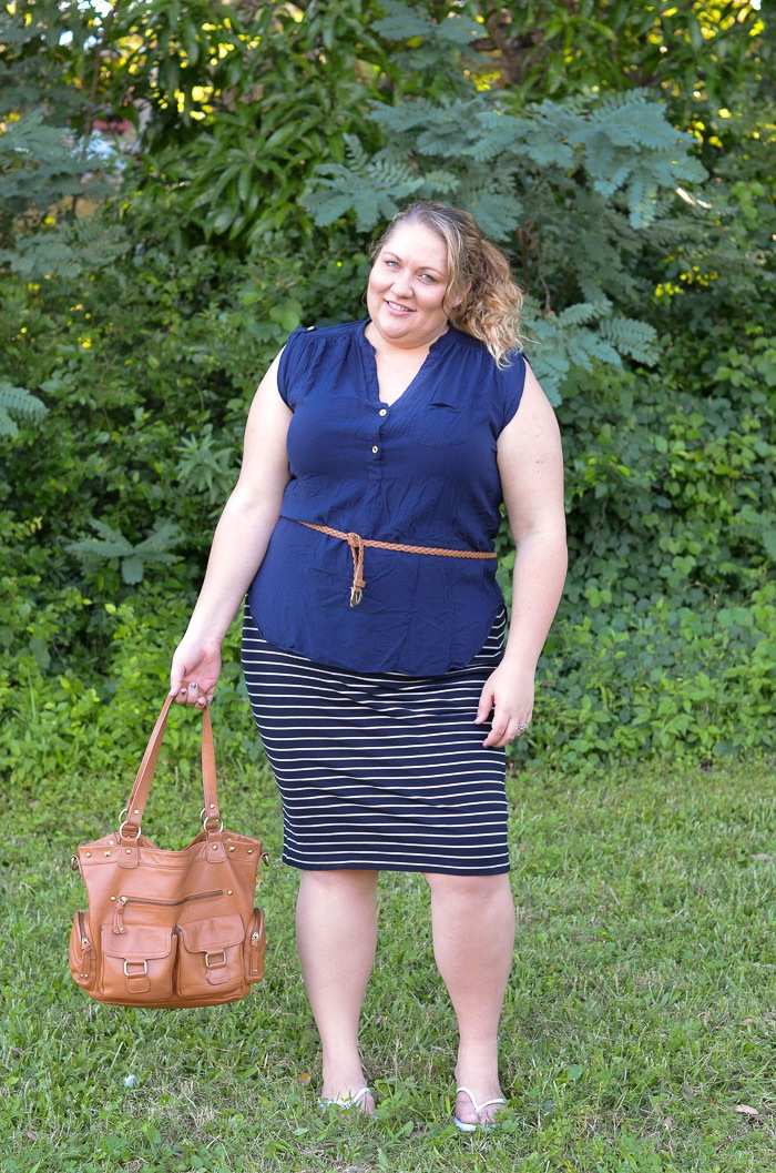 plus size navy stripe casual outfit-5