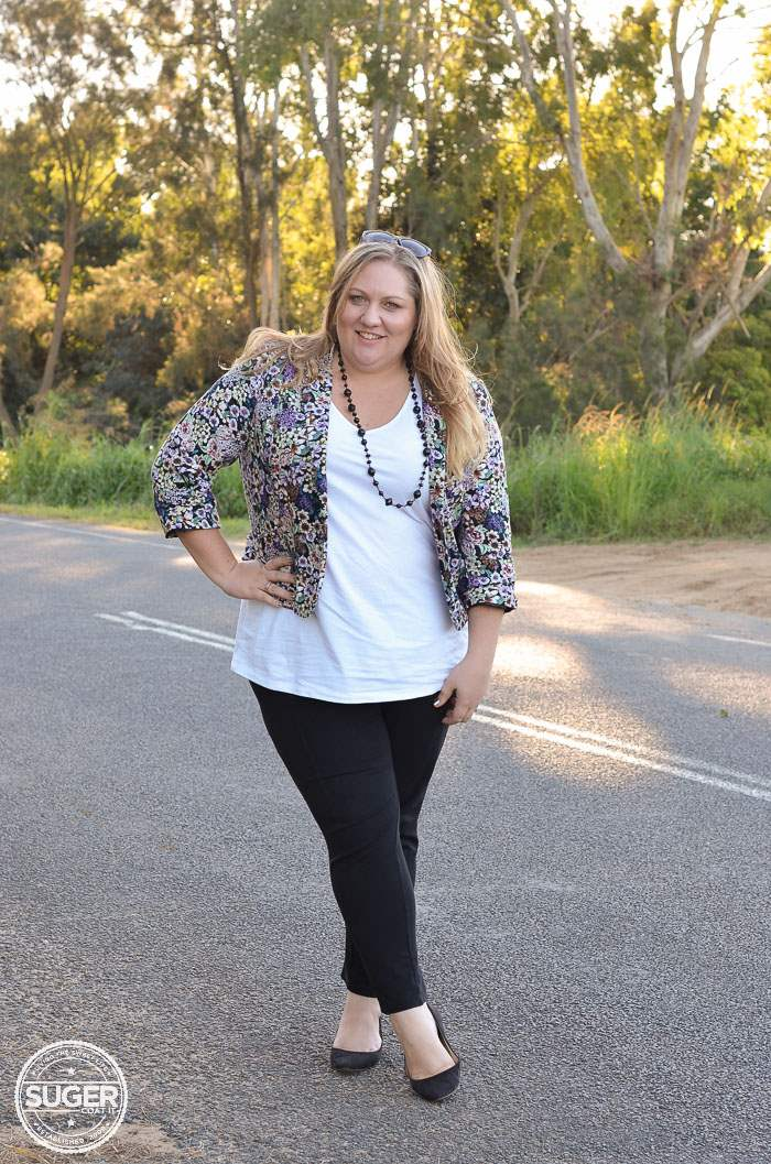 plus size casual outfit floral blazer-2