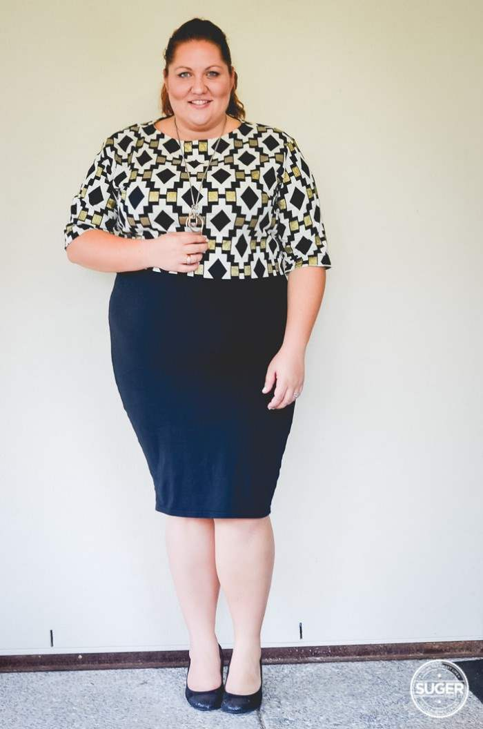 plus size work outfit geo print-11