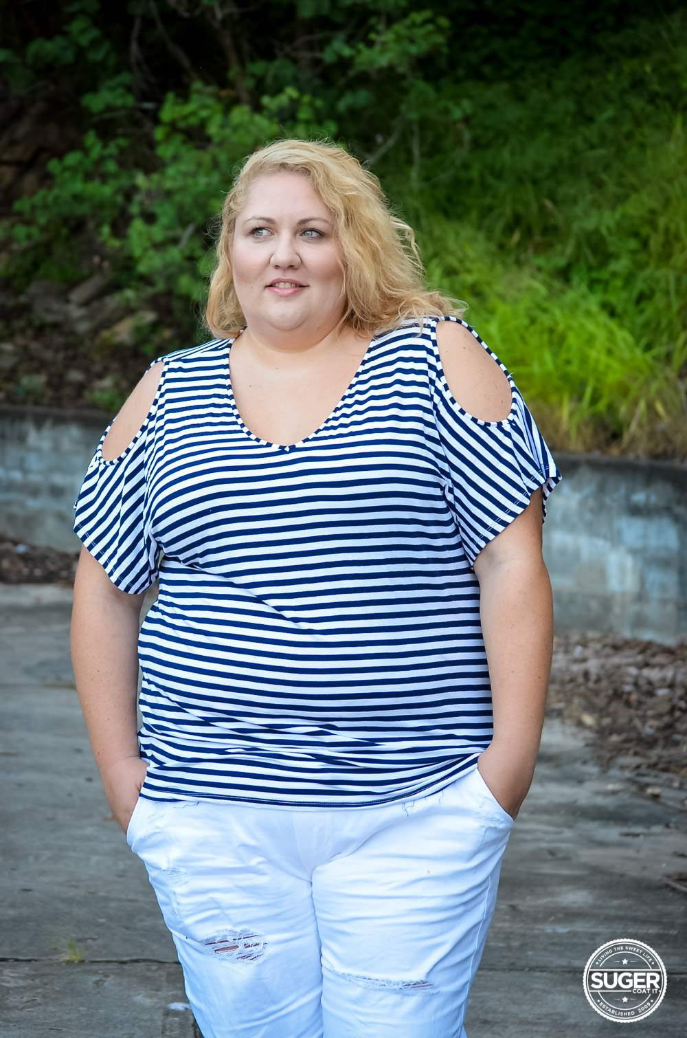 17 sundays plus size casual outfit denim joggers stripe top-13