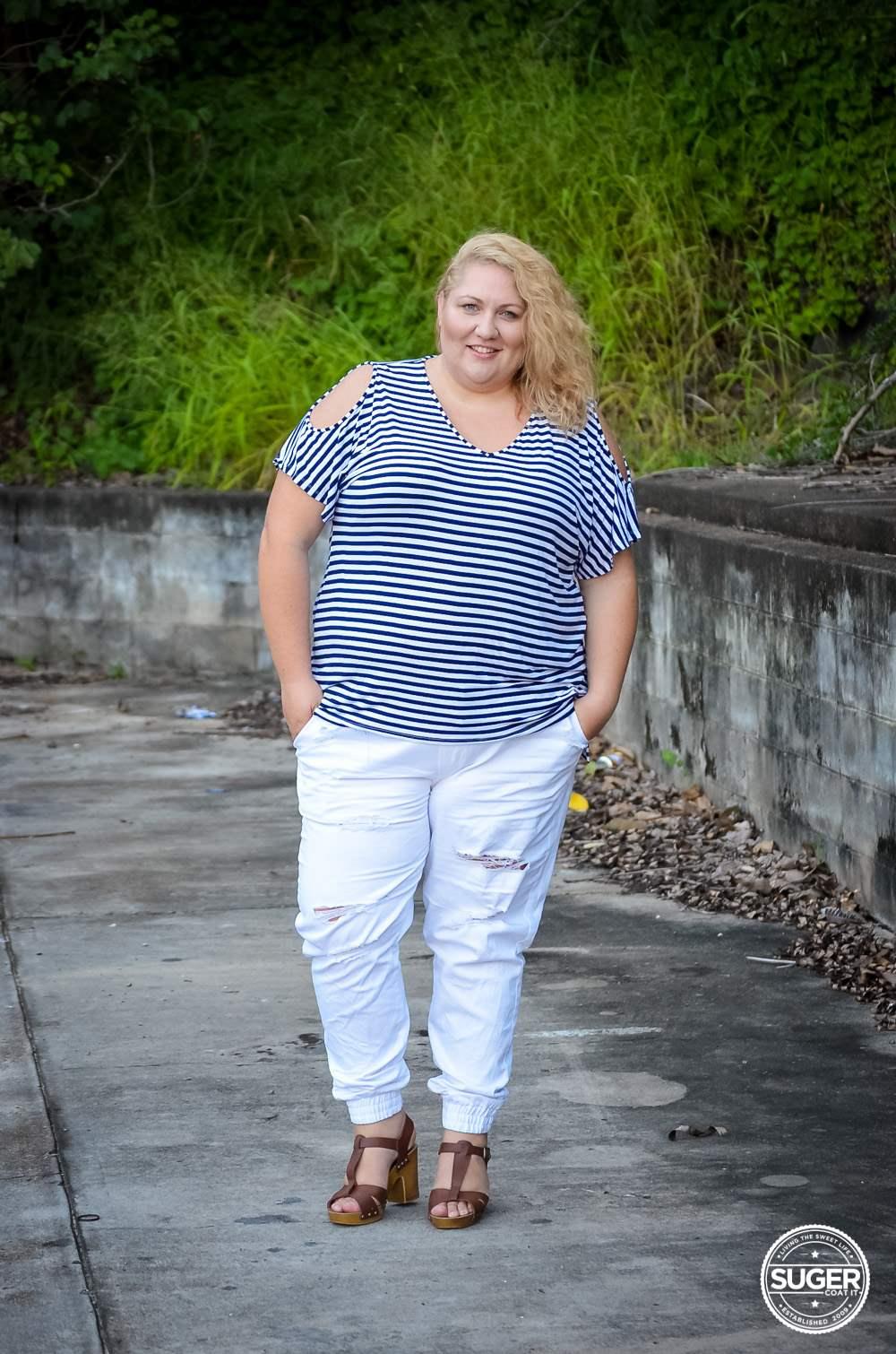 17 sundays plus size casual outfit denim joggers stripe top-3