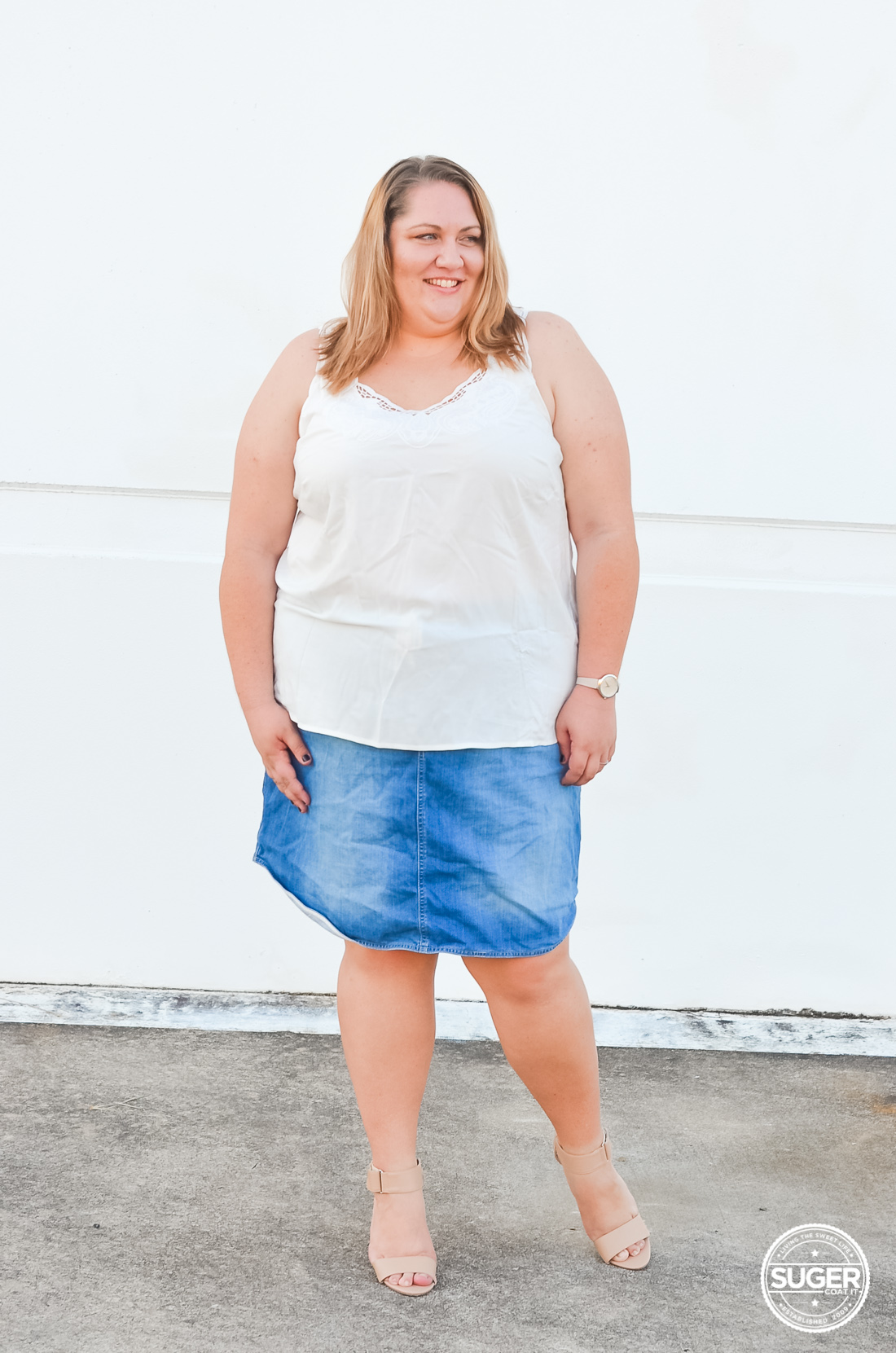 plus size white tank denim skirt casual outfit-5