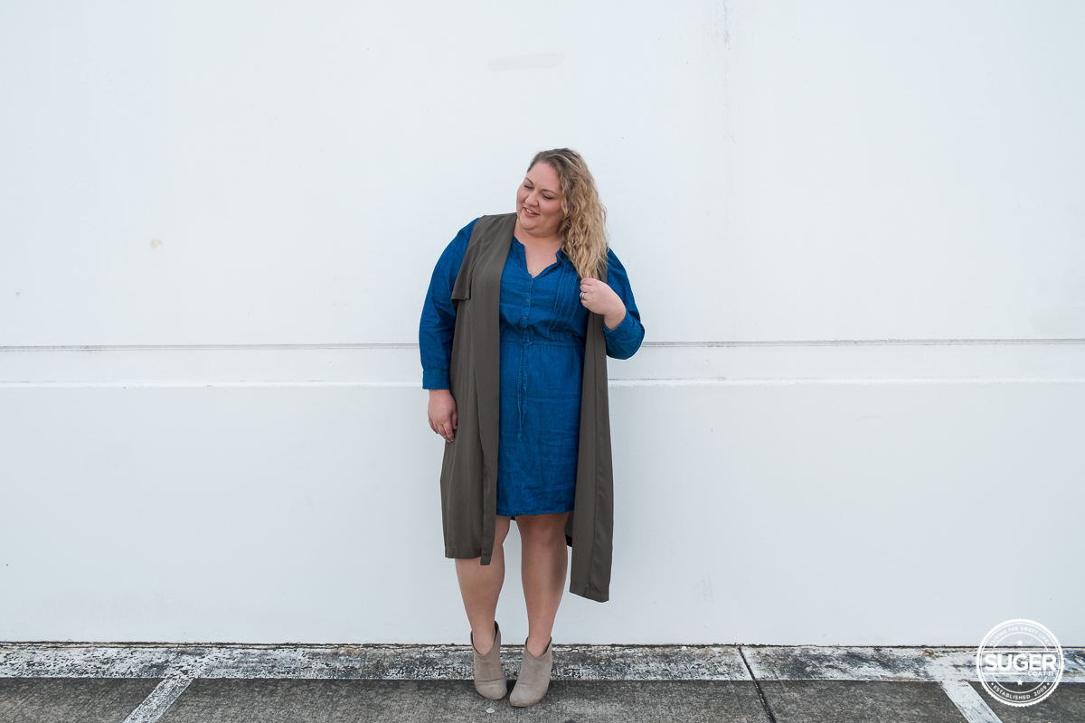 australian plus size fashion blogger chambray dress boots-4