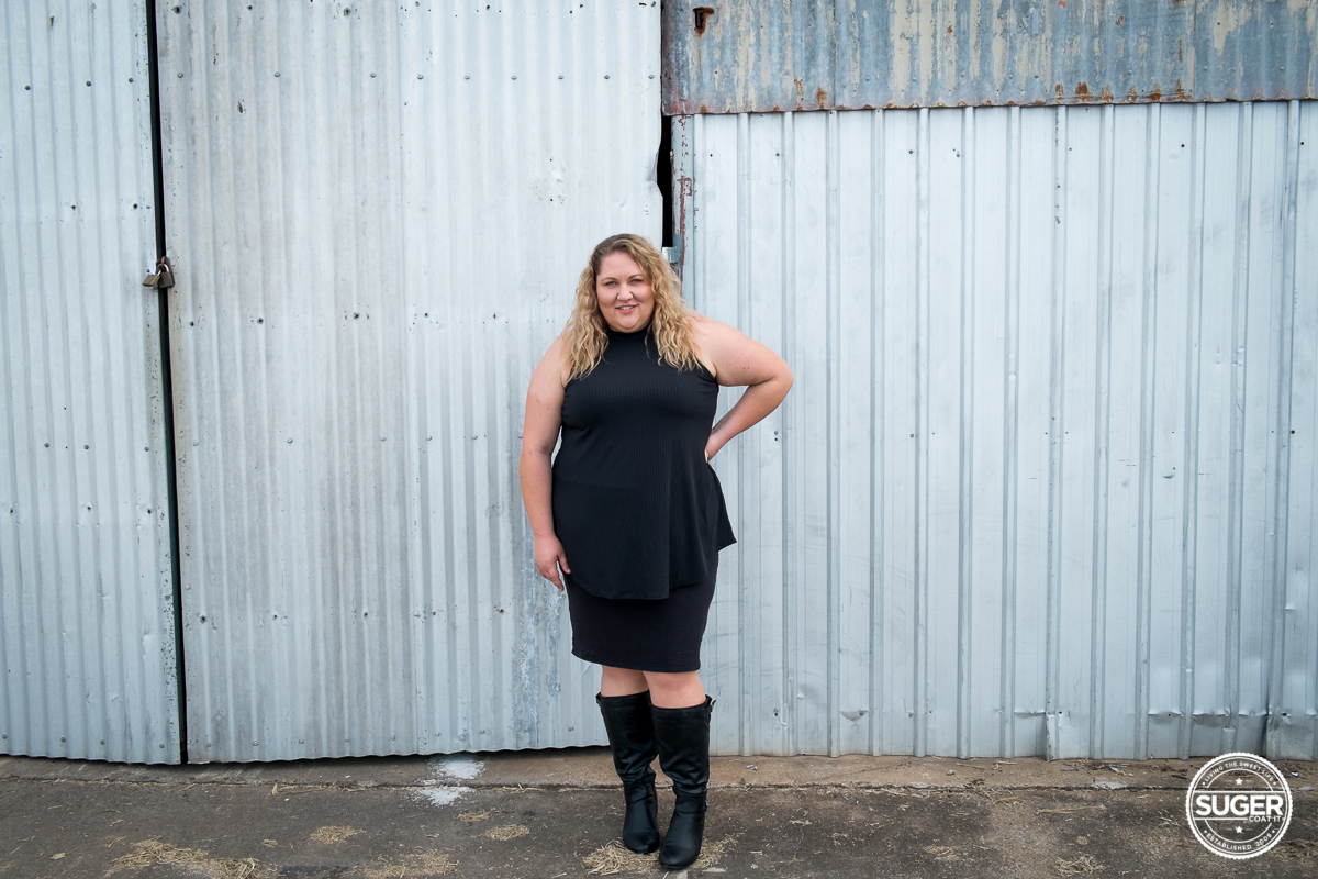 black turtleneck all black outfit australian plus size fashion blogger-4
