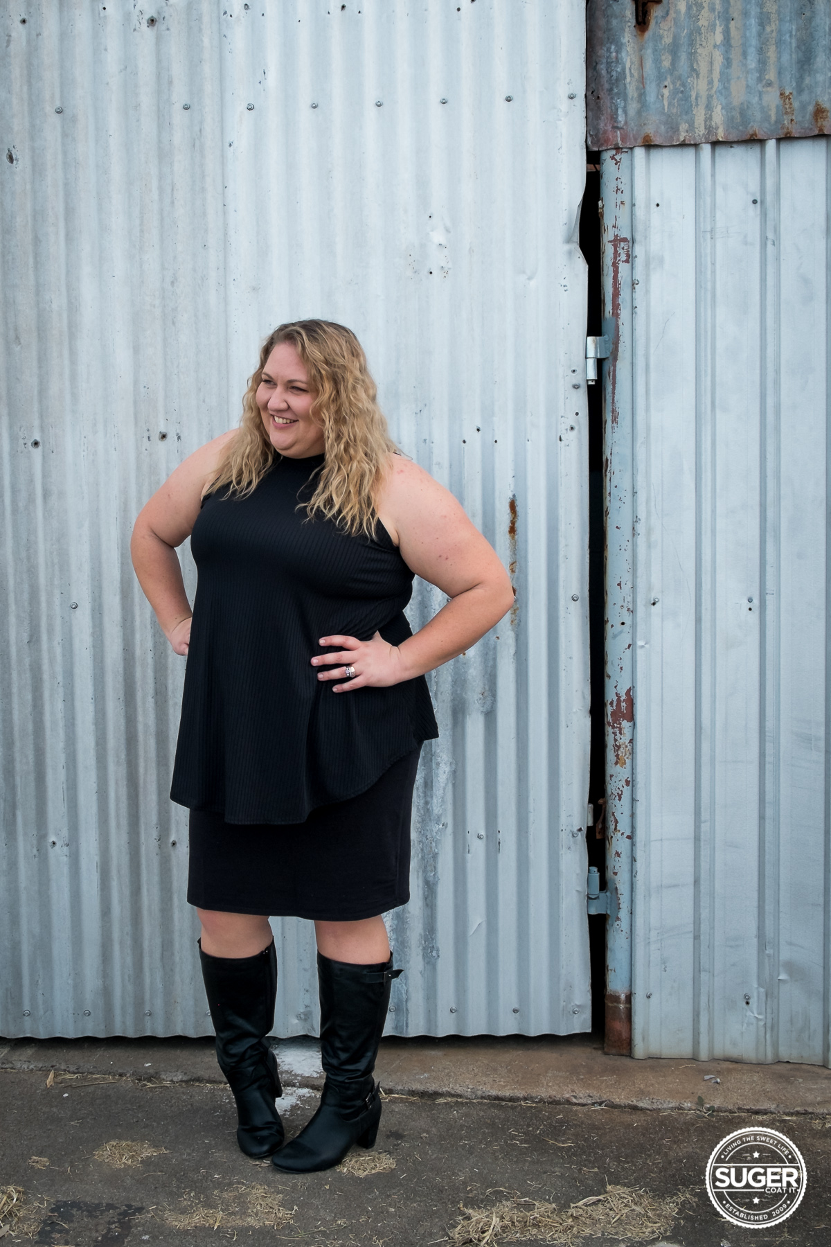 black turtleneck all black outfit australian plus size fashion blogger-9