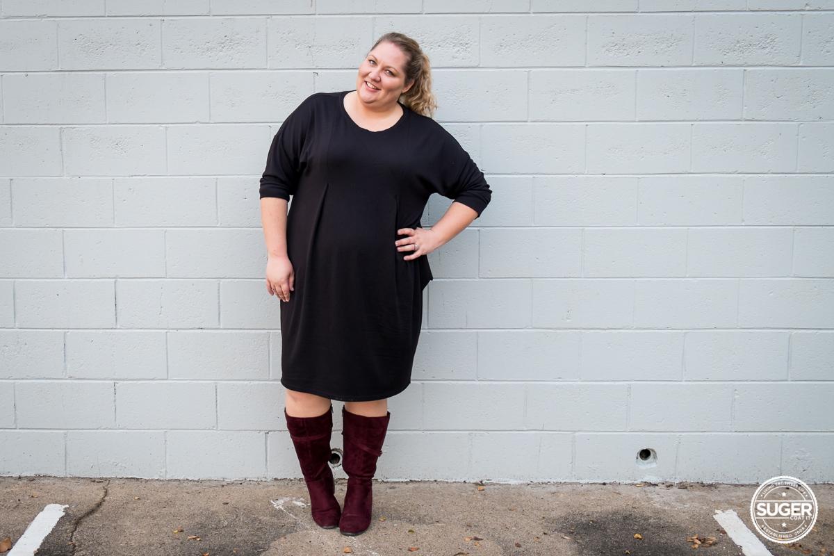 plus size fashion blogger slouchy black dress boots-2