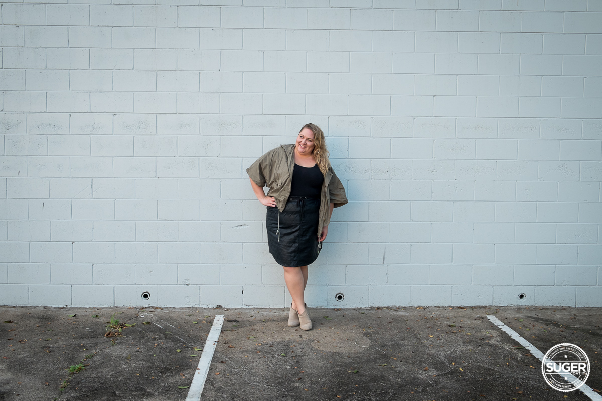 plus size blogger outfit pleather skirt-4