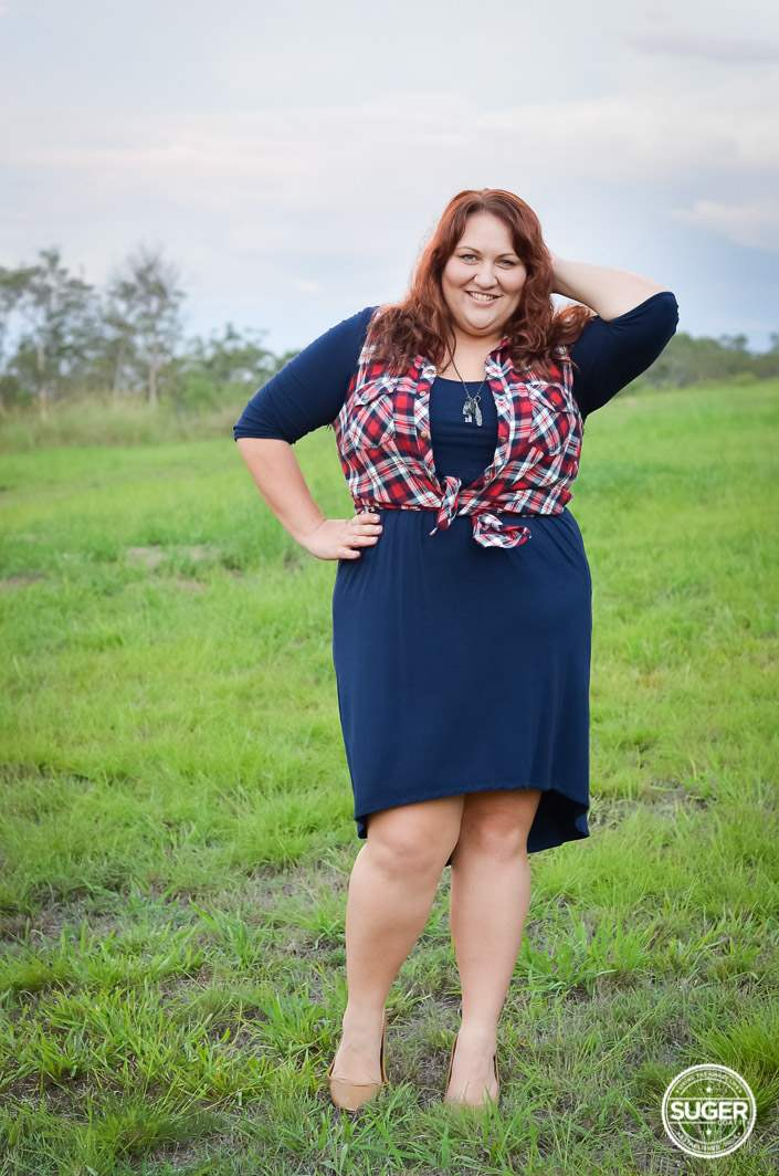 plus size navy dress + red plaid outfit-1-2