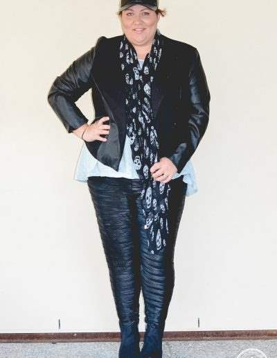 plus size casual leather outfit for winter-1