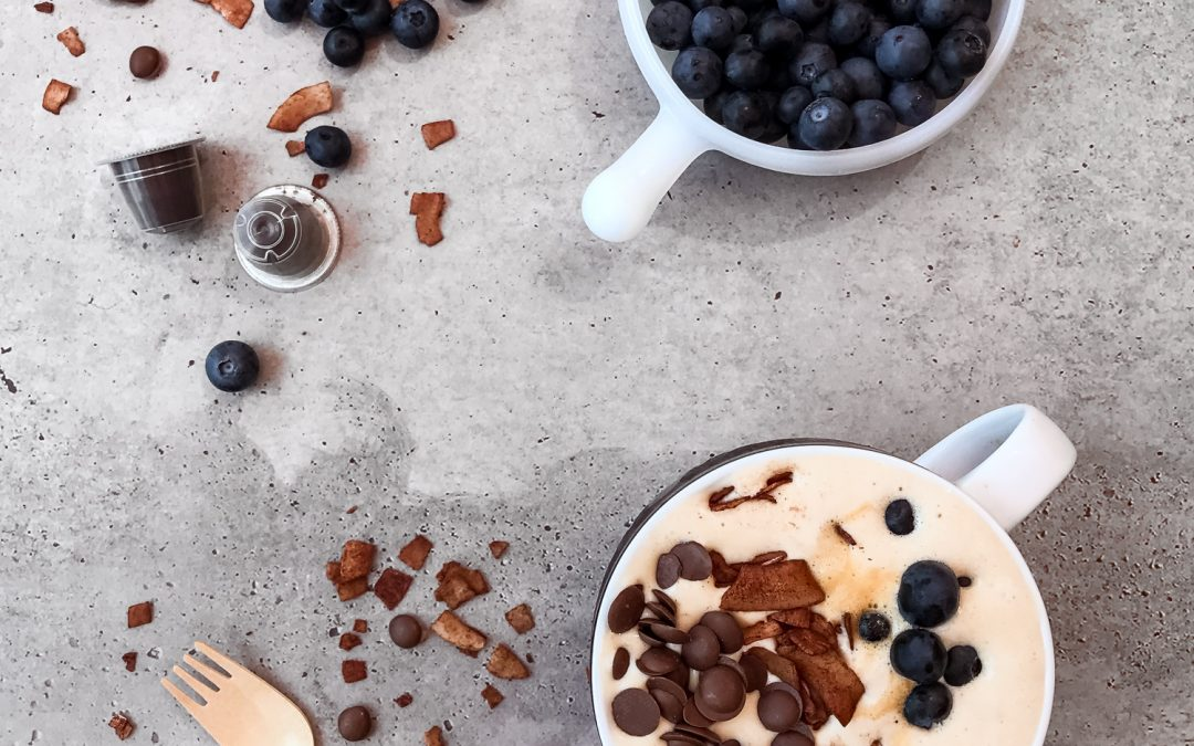 Coffee & Blueberry Smoothie Bowl