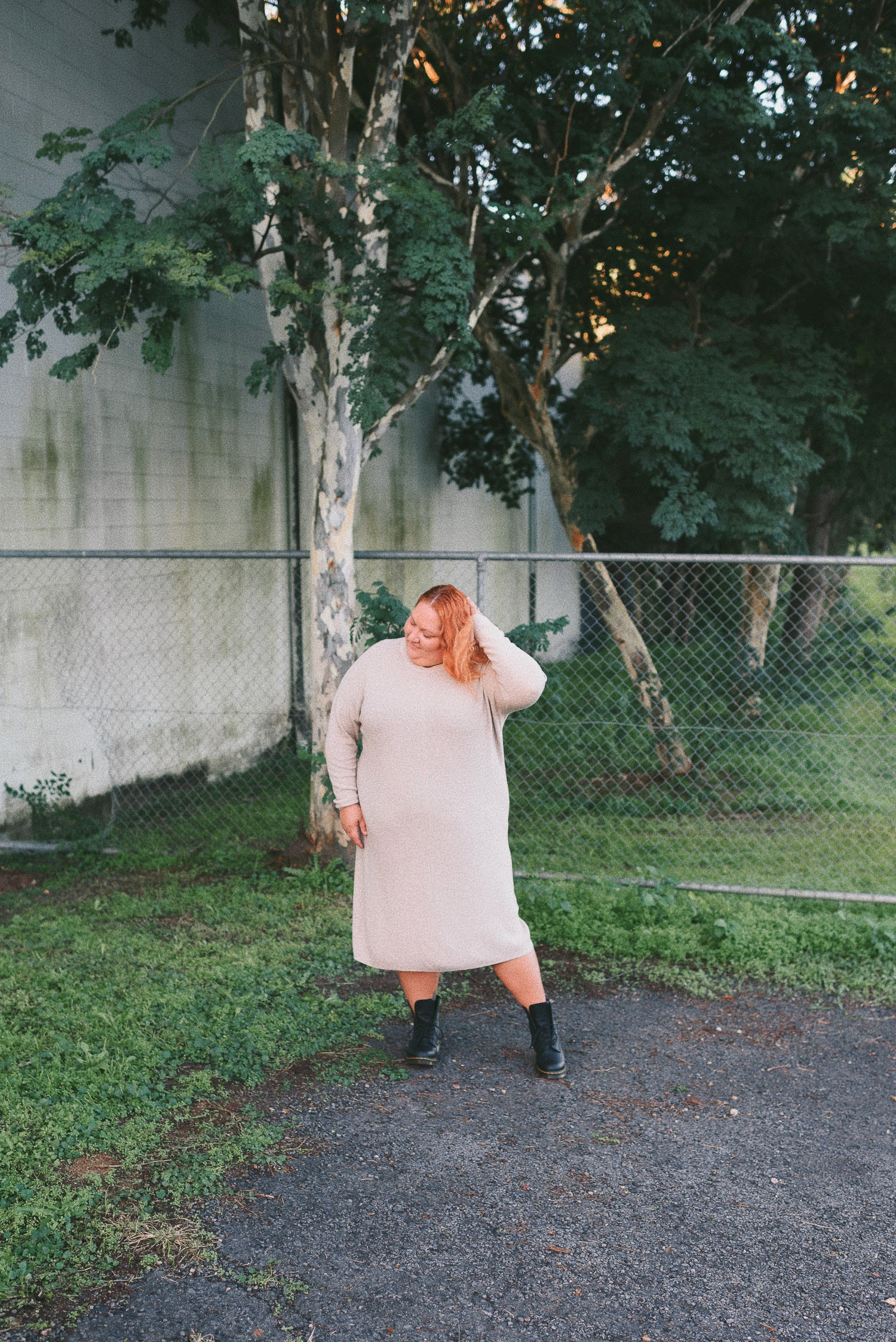 Plus-Size-Midi-Knit-Dress-and-Boots-Outfit-Suger-Coat-It